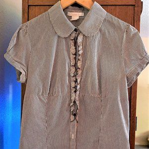 Charlotte Russe Collared Button Down Top